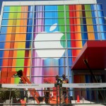 มีเงื่อนงำว่า iPhone รุ่นใหม่จะยาวขึ้นจริง!? บนงานตกแต่งสถานที่จัดงานในวันที่ 12 กันยายนนี้