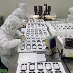 iphone_display_assembly_production