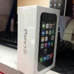 อย่างไว !! iPhone 5s, 5c เครื่องหิ้วมาถึง MBK แล้ว ราคาเริ่มต้นที่ 32,900 บาท