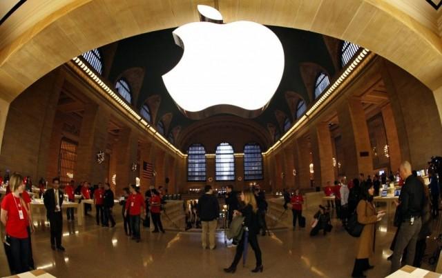Reuteres_Apple_NYC_Grand_Central_07dec11-878x554