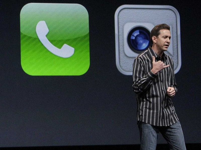scott-forstall-shows-off-ios-5-for-iphone-1