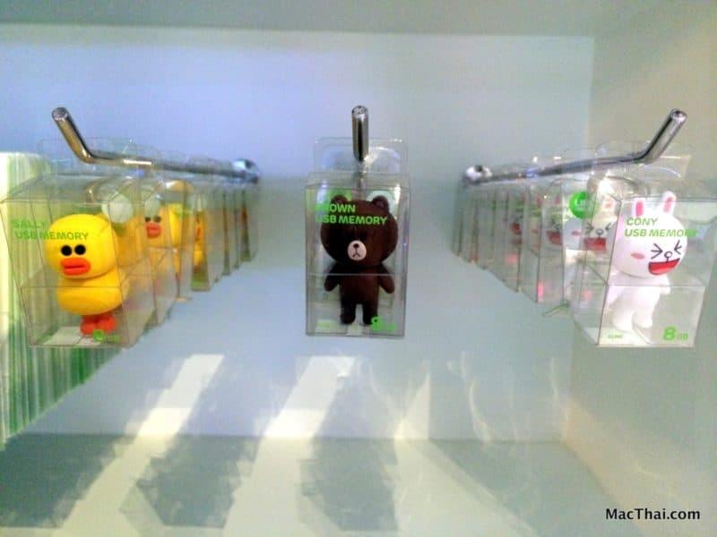 macthai-line-pop-up-store-bangkok-thailand-siam-center-013