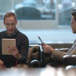 แซะทั้งทีต้องให้ครบ! Samsung จัดโฆษณาชุดใหม่ โดนทั้ง iPad, Surface และ Kindle
