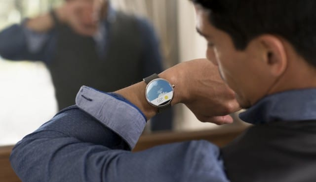 android-wear-motorola-m4_verge_super_wide