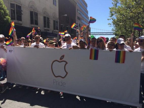 apple-pride-parade
