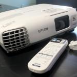 รีวิว: โปรเจคเตอร์ Epson EB-965 ครบเครื่องสำหรับใช้ในออฟฟิศ