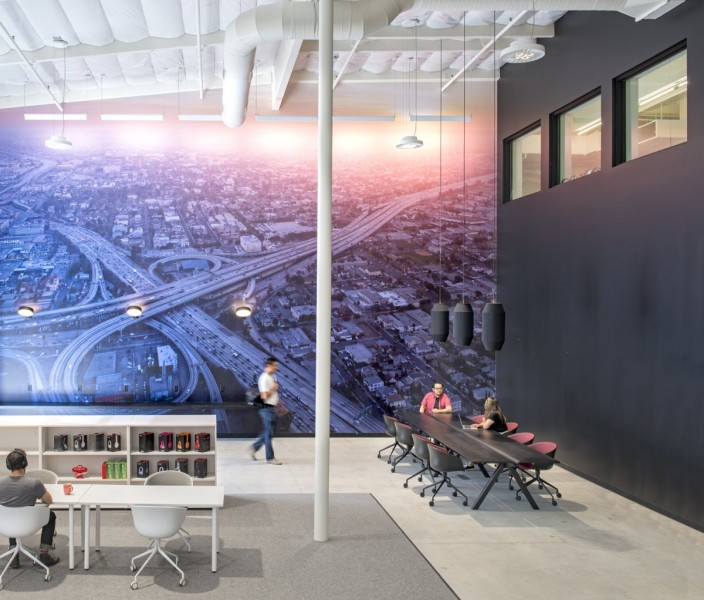 in-the-second-building-which-houses-the-companys-engineering-and-rd-departments-a-massive-aerial-shot-of-los-angeles-by-iwan-baan-takes-up-an-entire-wall