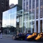 สาวกเริ่มต่อคิวซื้อ iPhone 6 กันแล้ว ทั้งที่ Apple ยังไม่เปิดตัว !!