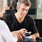 [ลือ] Apple ร่วมมือกับ Visa, MasterCard, American Express เปิดตัวระบบจ่ายเงินด้วย iPhone