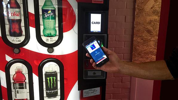 apple-pay-200000-vending-machines-self-serve-in-usa