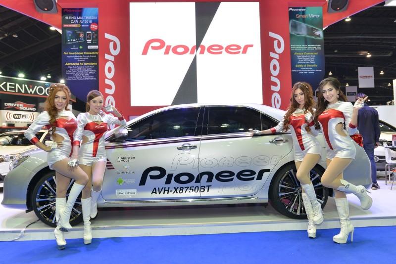 macthai-pioneer-apple-carplay-android-auto-motor-show-2015-AVH-X8750BT-cover