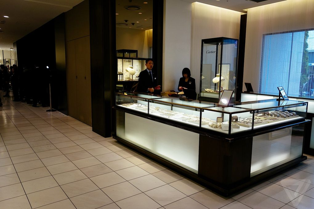 apple-watch-shop-in-paris-tokyo-london.0-007