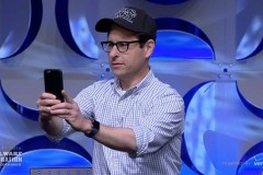 director-jj-abrams-shows-off-apple-watch-onstage-at-star-wars-event-in-california