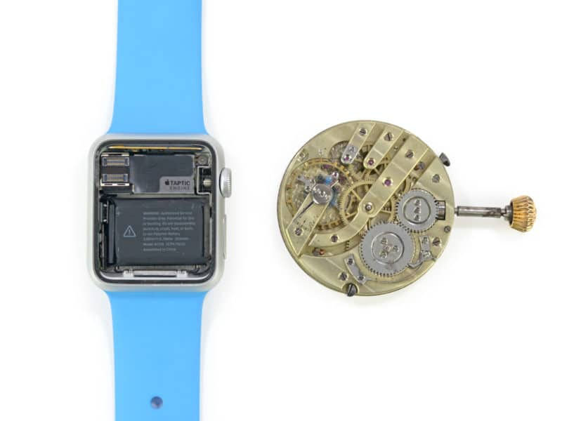 inside-apple-watch-with-mystery-port-and-205-battery-mah