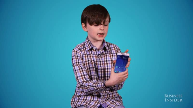 kids-choose-between-iphone-6-and-samsung-galaxy-s6.48 PM