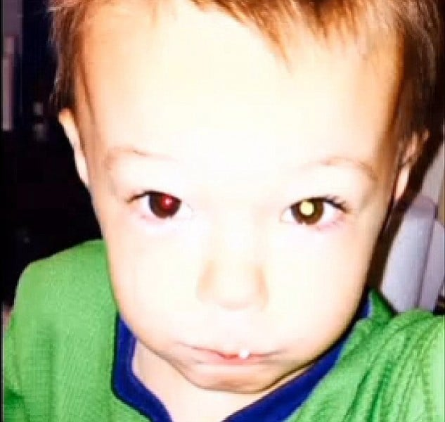 2-years-old-boy-could-lost-his-life-after-mother-found-something-on-iphone-picture