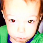 2-years-old-boy-could-lost-his-life-after-mother-found-something-on-iphone-picture-cover