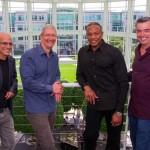 Apple เจรจายื่นข้อเสนอกับค่ายเพลงให้ถอนเพลงฟังฟรีออกจาก Spotify