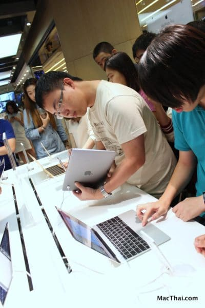 macthai-new-macbook-2015-istudio-by-copperwired-launch-at-central-world-007