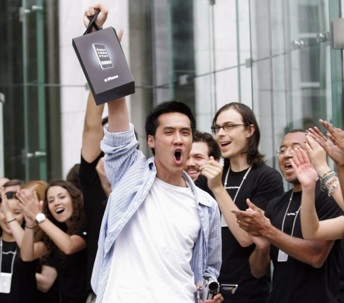 first-iphone-buyer-2007