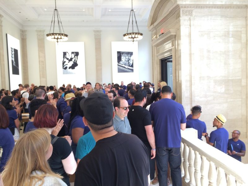 new-apple-store-opens-upper-east-side-nyc-store-with-unique-design-with-former-old-bank-001