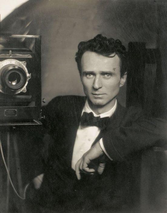selfie-photo-from-1800-1900-self-portrait-005