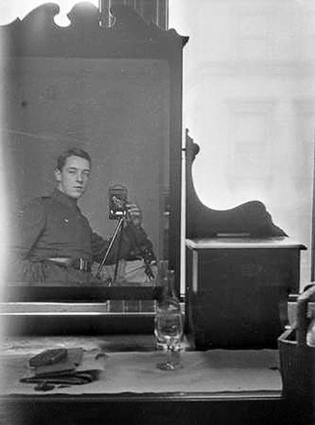 selfie-photo-from-1800-1900-self-portrait-009