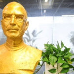 gold-statue-steve-jobs-in-china-featured