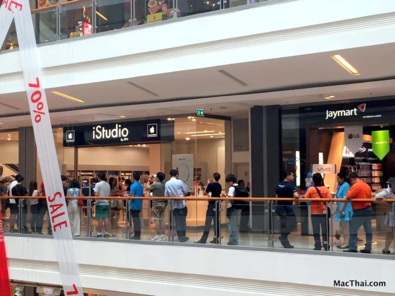 macthai-apple-watch-launch-in-thailand-istudio-queue-001
