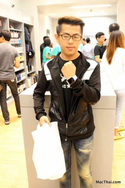 macthai-apple-watch-launch-in-thailand-istudio-queue-037