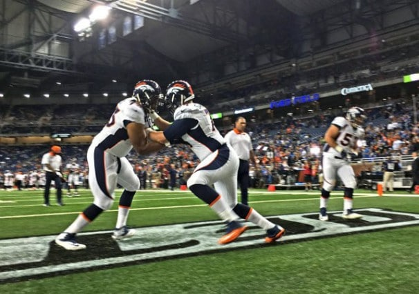 iPhone-6-Plus-Photo-Samples-NFL-Lions-vs-Broncos-111