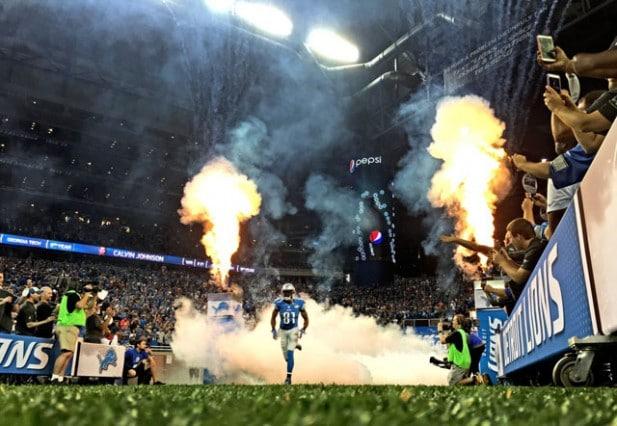 iPhone-6-Plus-Photo-Samples-NFL-Lions-vs-Broncos-181