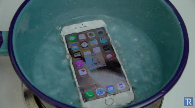 iPhone 6S Boiling Hot Water Test