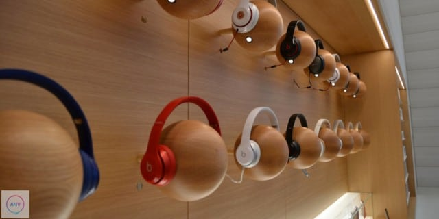 new-apple-store-design-belgium-4