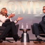"Angela Ahrendts ผู้บริหารค้าปลีกให้สัมภาษณ์: ""พนักงาน Apple Store ก็คือผู้บริหารคนหนึ่ง"""