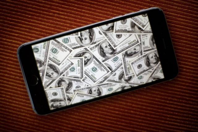 apple-money-780x520