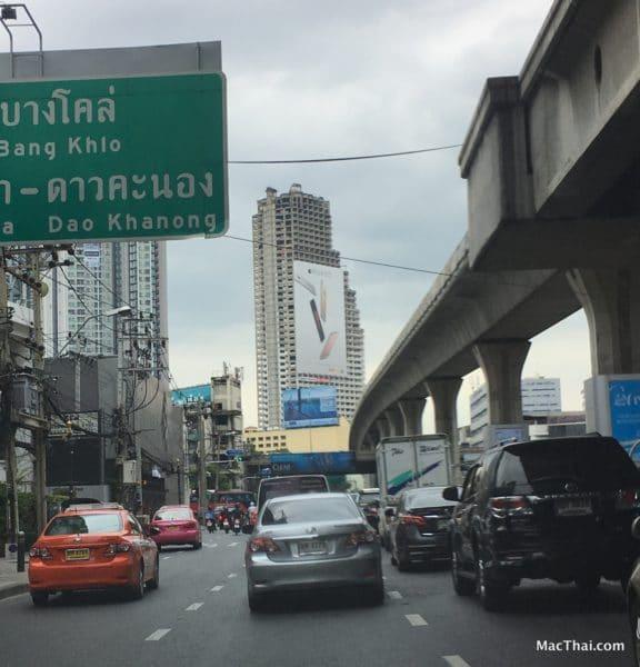 macthai-apple-launch-iphone-6s-ads-bangkok-thailand