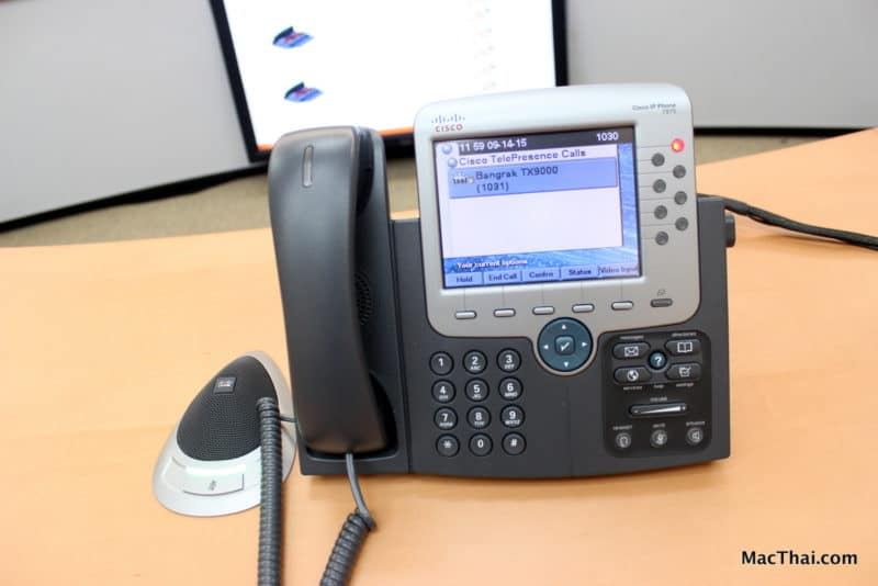 macthai-review-cat-telecom-service-telepresence-7
