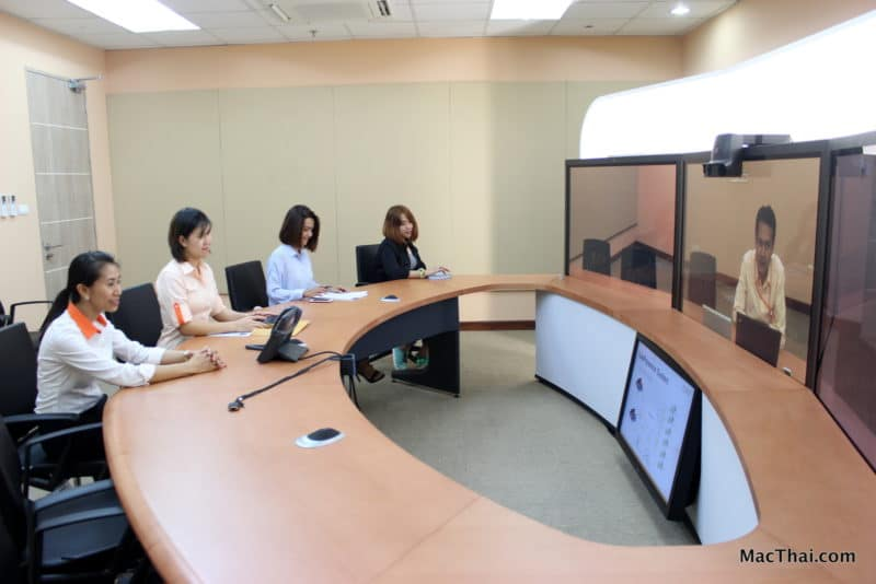 macthai-review-cat-telecom-service-telepresence-8