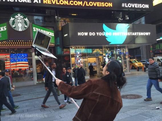 selfie stick macbook5