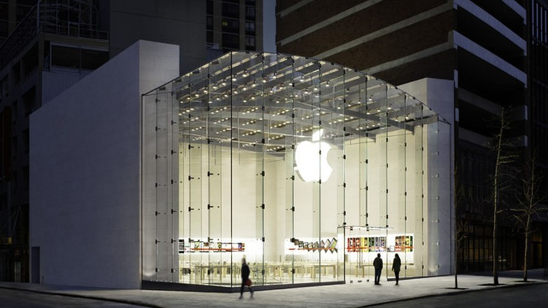 apple-store-west-side-stock