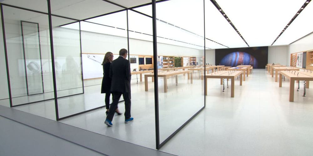 next-generation-apple-store-in-memphis-features-custom-37-foot-display-2