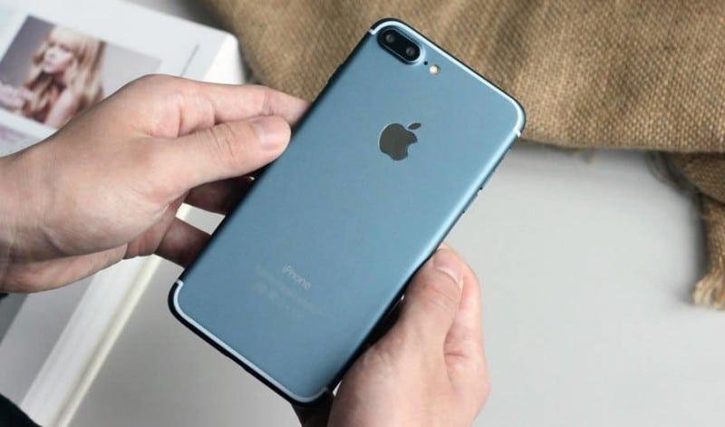 iPhone 7 plus deep blue-11