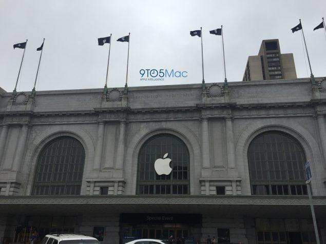 apple-keynote-decorations-bill-graham-civic-center-iphone-7-event-2