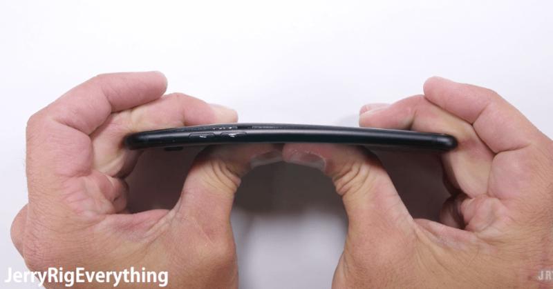 iphone-7-scratch-tests3