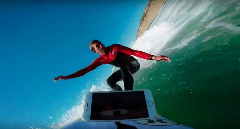 iphone-7-waterproof-test-surfer-1