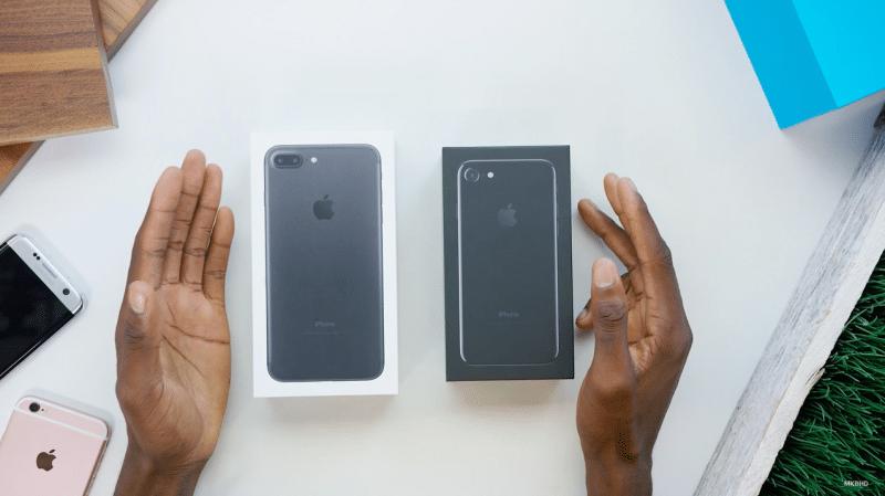 unbox-iphone-7-plus-jet-black8