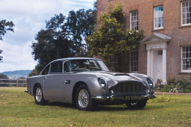 18723-18061-1964-aston-martin-db5-sold-by-coys-for-825000-on-vero-with-apple-pay_1-l
