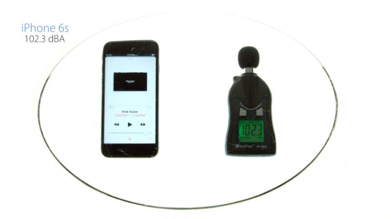 speaker-volume-test-iphone-7-vs-iphone-6s-video-2