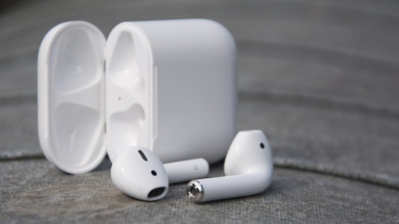 apple_airpods_4_of_5
